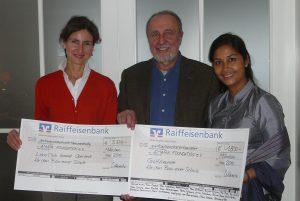 Offizielle Spendenübergabe an Kalayar und Daniela